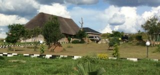 Parkside Safari Lodge